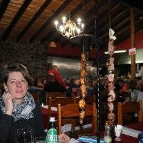 Grillkunst mit Espetadaspießen auf Madeira